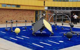 Kunstrasen mit Fallschutz – moderner Spielpark für den Kindergarten