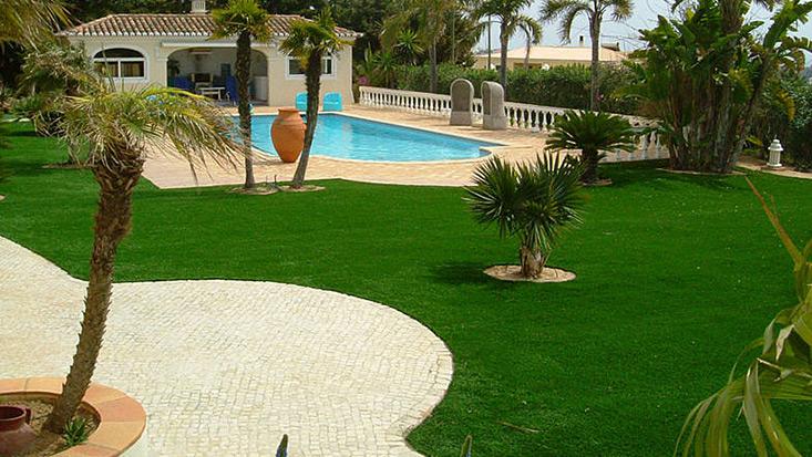Luxus garten  Kunstrasen für den privaten Garten in Premiumqualität kaufen ...